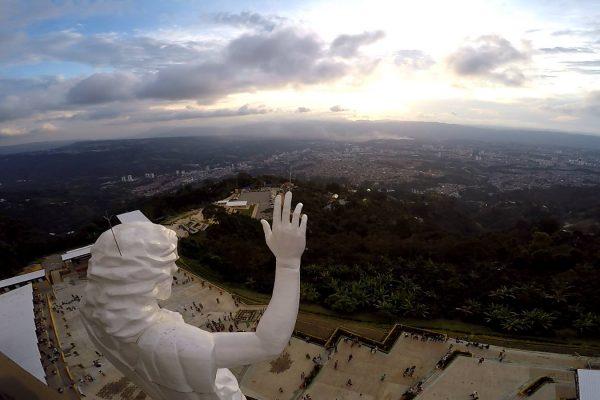 El Cerro del Santísimo desde un drone. Bucaramanga.