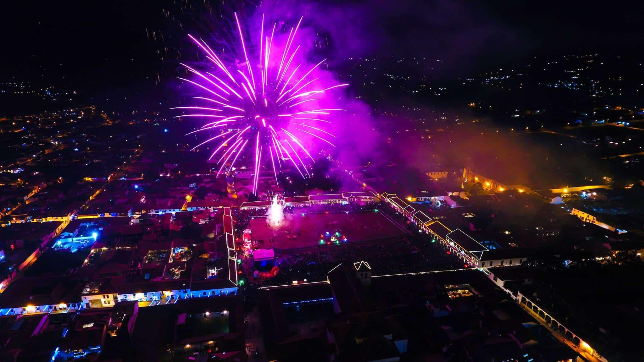 XXX Festival de Luces Villa de Leyva desde los drones de Sky Zoom fotografía y video aéreo.