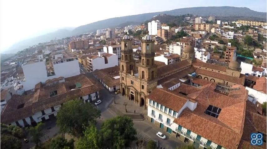 San Gil Santander, La Perla del Fonce. Drones Sky Zoom.