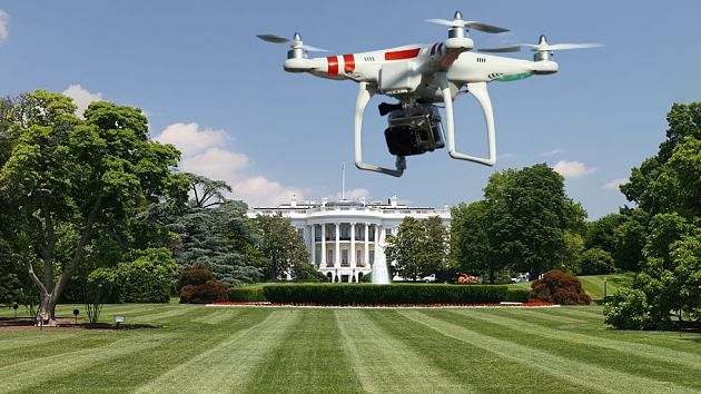 Durante la posesión del nuevo presidente de Estados Unidos, Donald Trump estará progibido el uso de drones. Grandes multas tendrán que pagar los que se arriesguen.