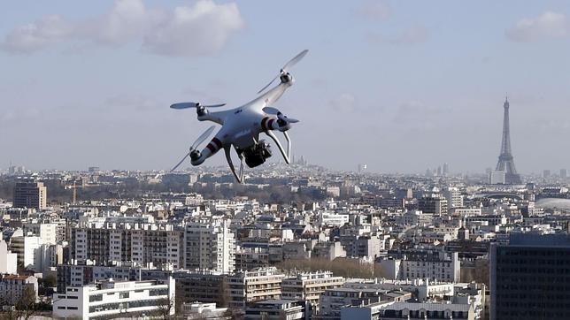 EASA con su nueva regulación en Europa, exijirá algo así como una SIM para identificar los drones.