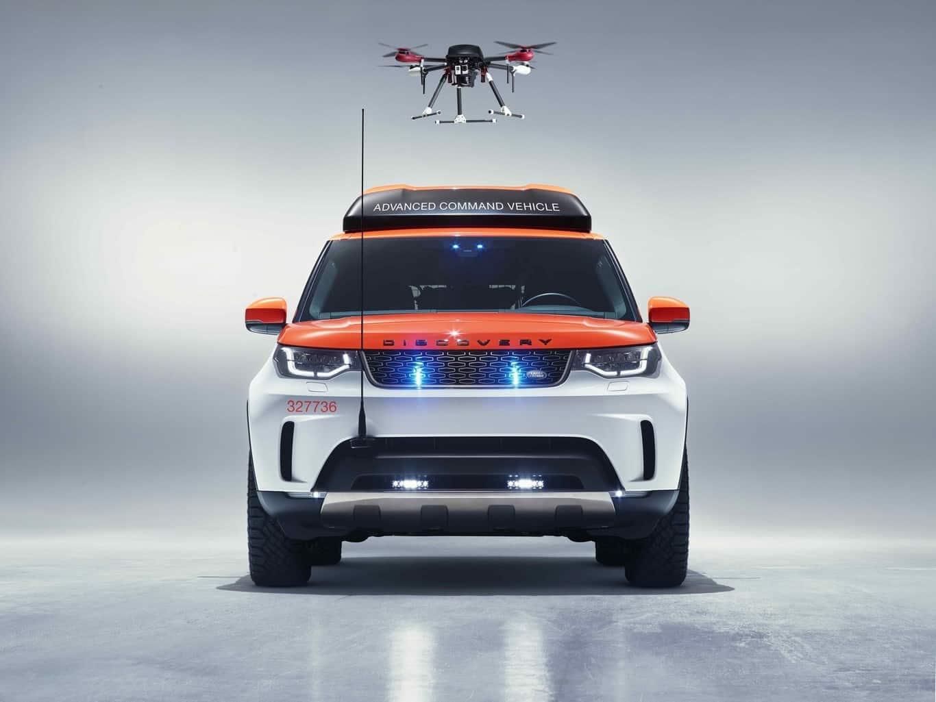 Land Rover Discovery Project Hero cuenta con dron incorporado para labores de rescate.