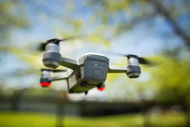 DJI Spark es un dron compacto con funciones muy interesantes para llevarlo de viaje.