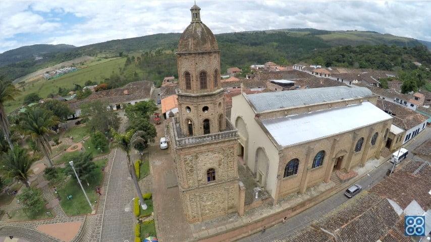 Curití - Santander visto desde los Drones Sky Zoom fotografía y video aéreo.