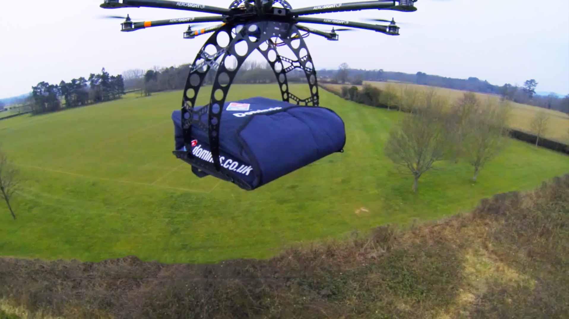 Dominos Pizza evía domicilios con drones.