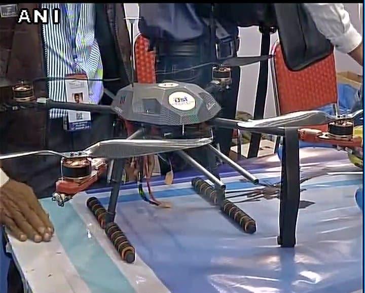 Drone Buscaminas creado por un joven de la India.