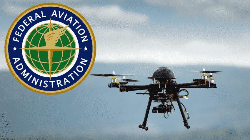 La FAA en Estados Unidos busca controla los drones en pleno vuelo, algo parecido a lo que sucede con los aviones.