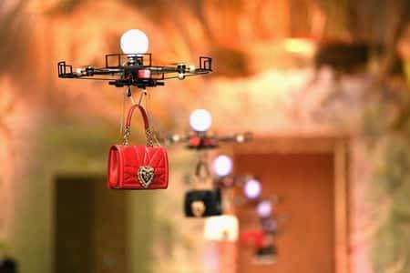 Dolce & Gabbana desfile con drones