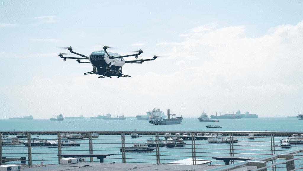 dron airbus skyways voló de manera autónoma y llevó insumos a un barco en Singapur.